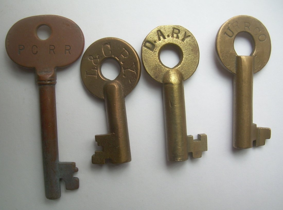 4 Keys - PC Police, L&C DA URR