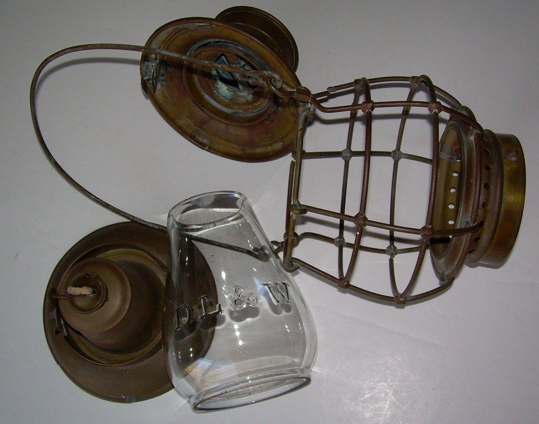 """Porter & Sons Brass Lantern DL&W 6"""" Cast Globe - 6"""