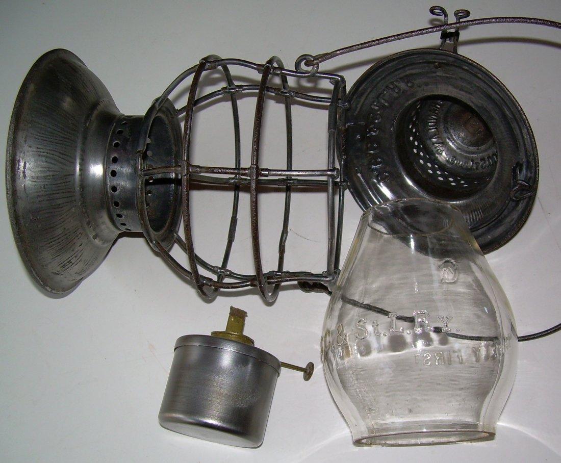 Big Four Railroad Bellbottom Lantern nice Globe - 6