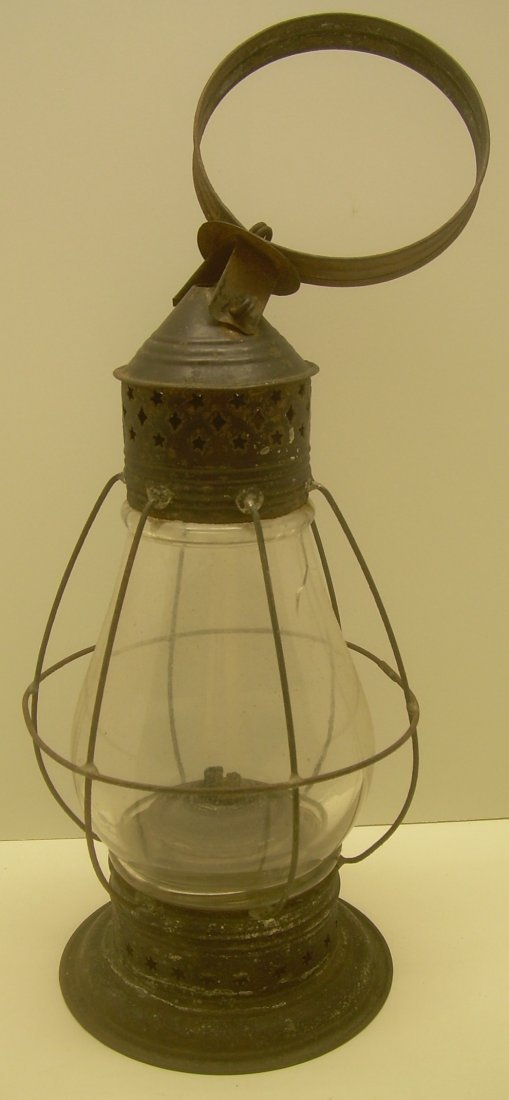 Fixed Globe Lantern with Vertical Wires - crack