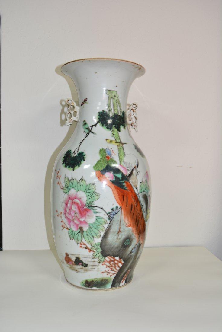 2 Birds on Porcelain Vase