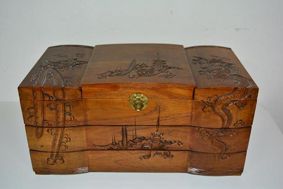 Rosewood Jewelery Box