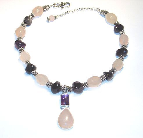 2920: Chalcedony and Amethyst Necklace