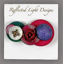 22152: Vintage Button Jewelry Brooch Payne-Sylvester