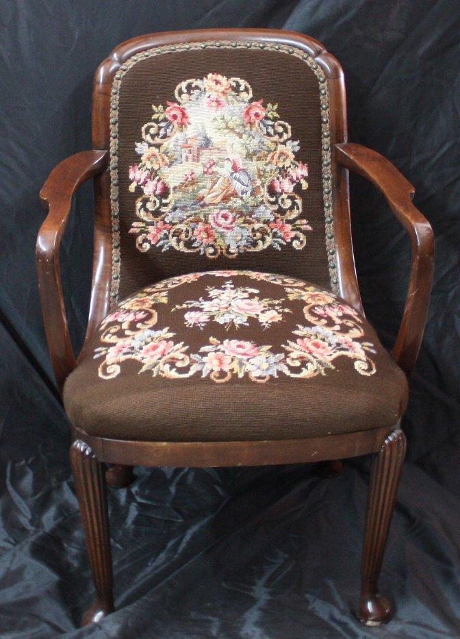 1945 Queen Mary salon chair