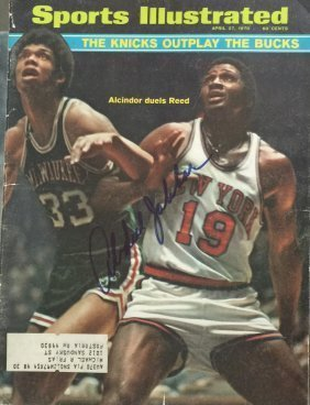 Abdul Jabbar signed magazine cover 1970