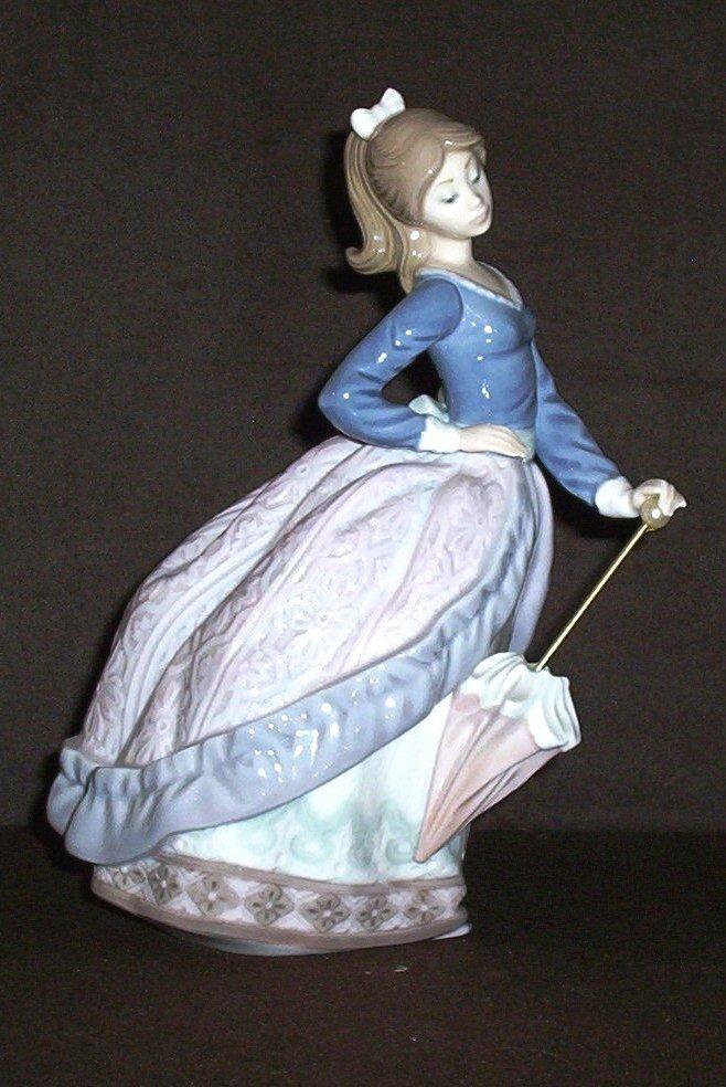 """Lladro figurine titled """"Evita"""""""