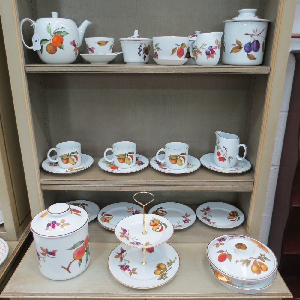 A large quantity of Royal Worcester 'Eve