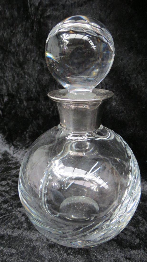 A contemporary spirit decanter for a cricket fan