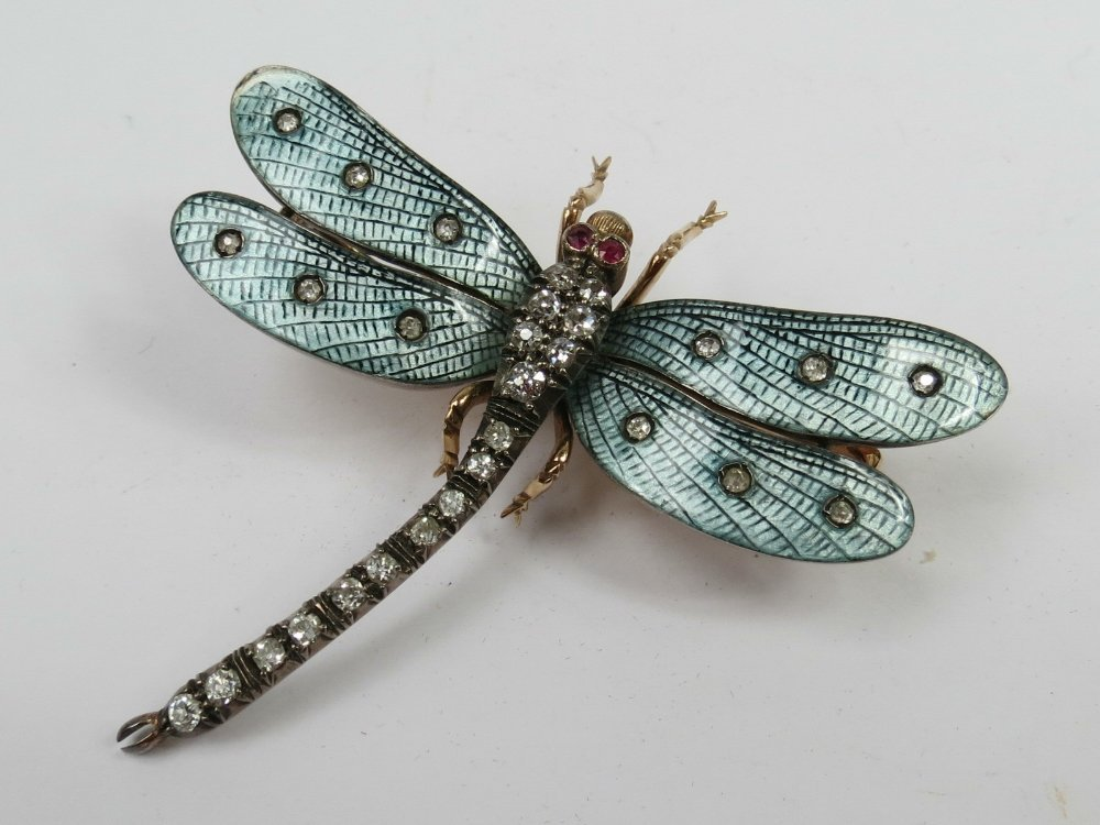 A dragonfly brooch, set with diamonds