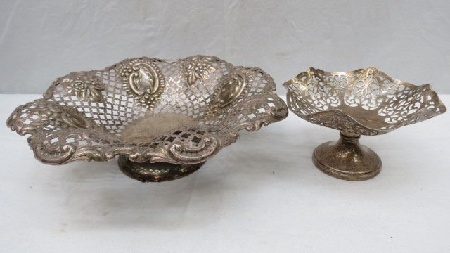 An HM silver fruit bowl with cut and pierced decoration