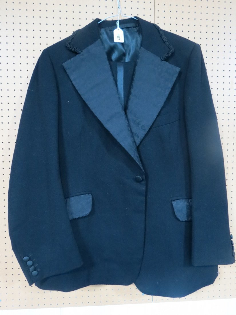 One of Ronnie Kray's dinner jackets made for him by HC