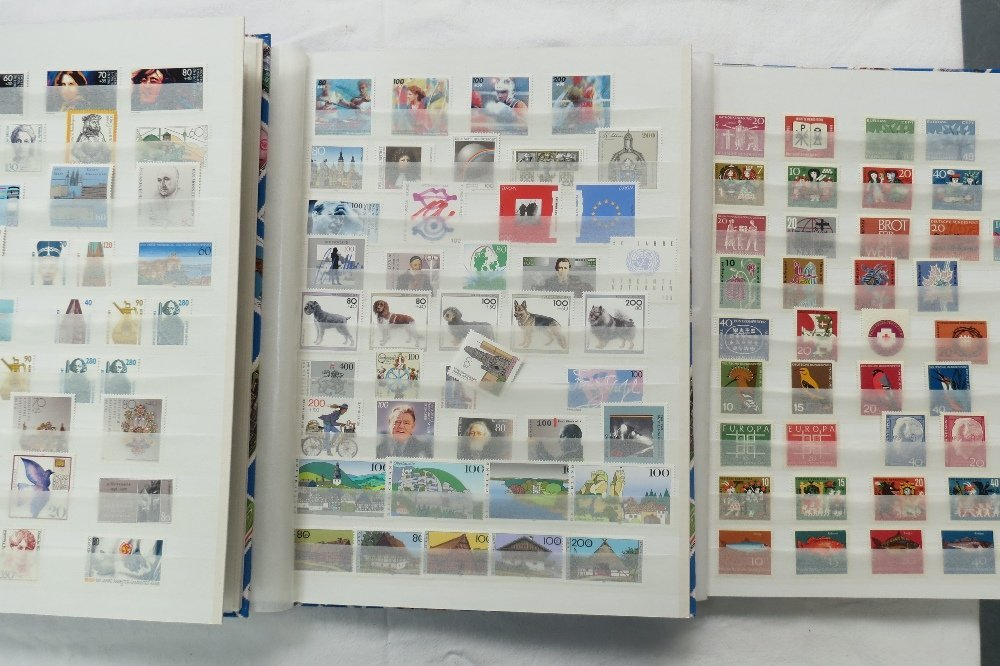 Germany Bundespost 1963-99 u/m collection in three