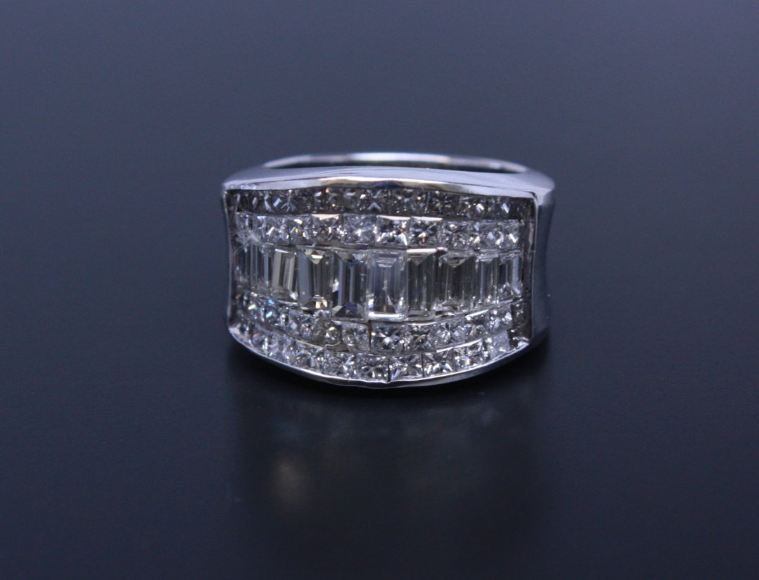 5 Row Diamond Ring White Gold 18k