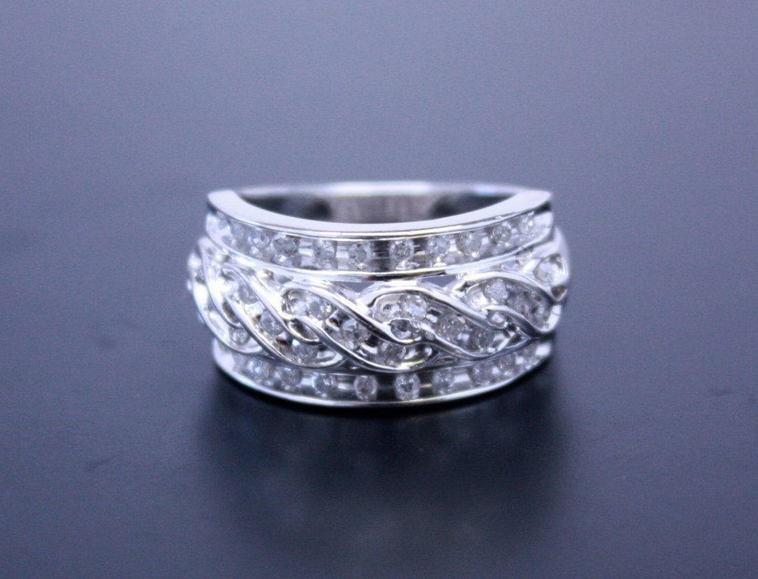 Twist Diamond Ring White Gold 10k