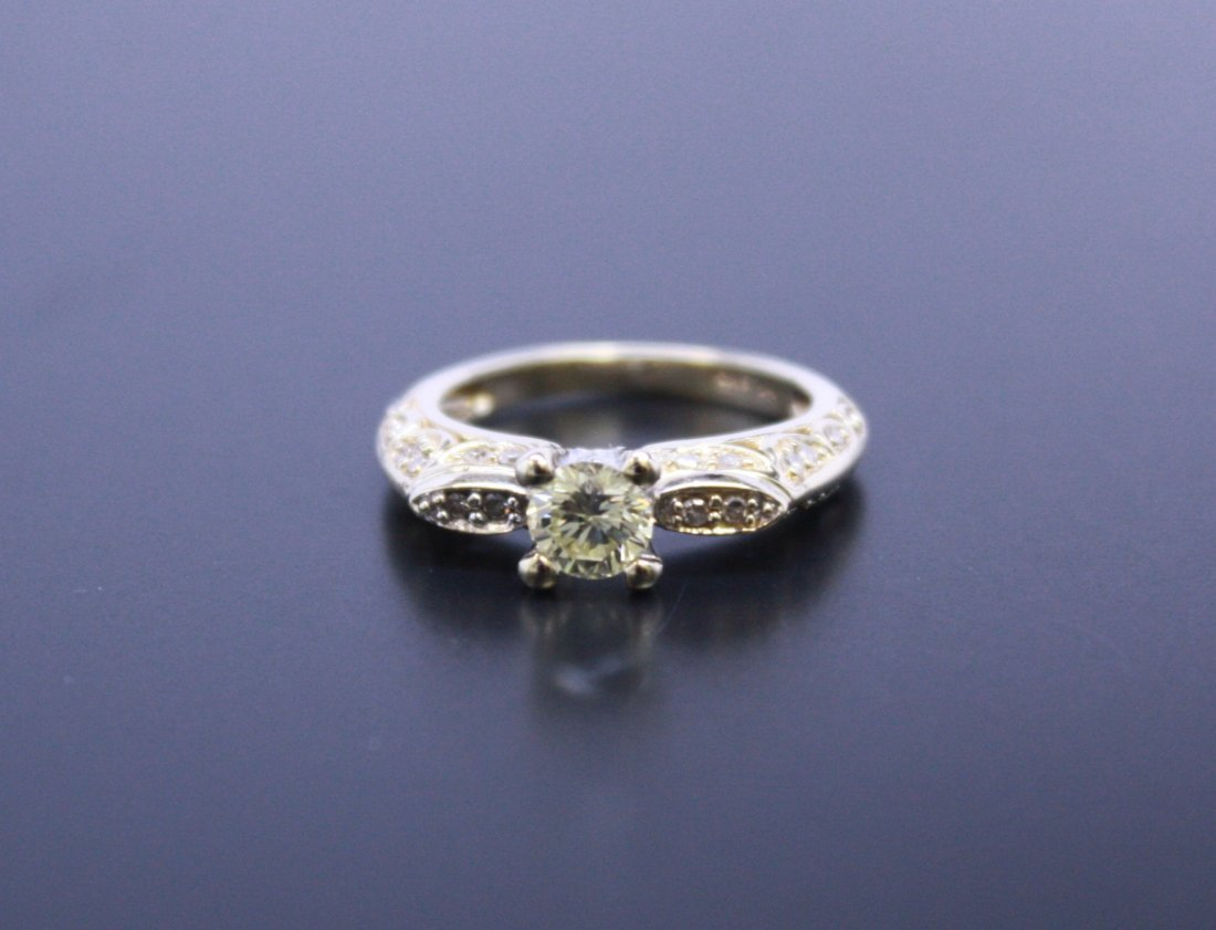Beautiful Diamond Engagement Ring 14k