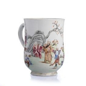 Immortals mug in Chinese porcelain, Qianlong