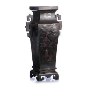 Vase in Chinese bronze