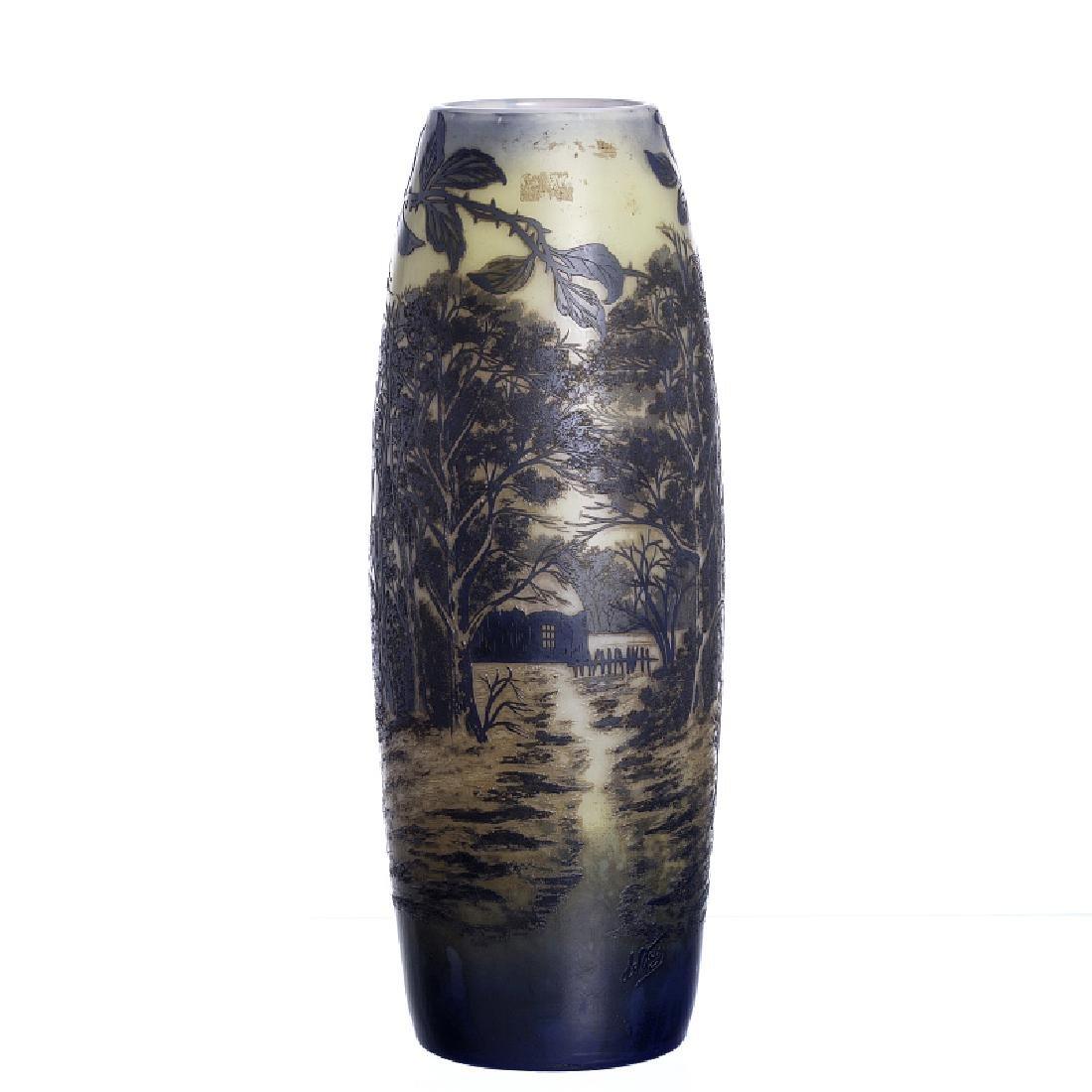 DE VEZ - Scenery vase in Cameo glass