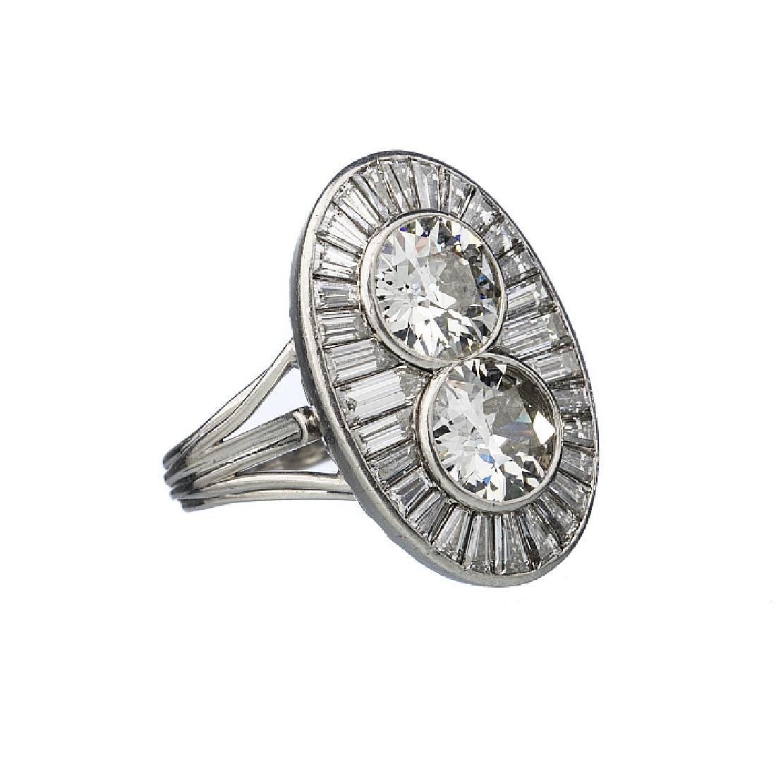 Art Deco ring in platinum with diamonds