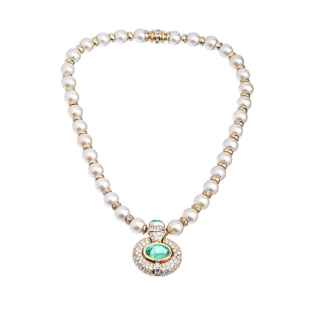 Gold necklace with diamonds, cultured pearls, and