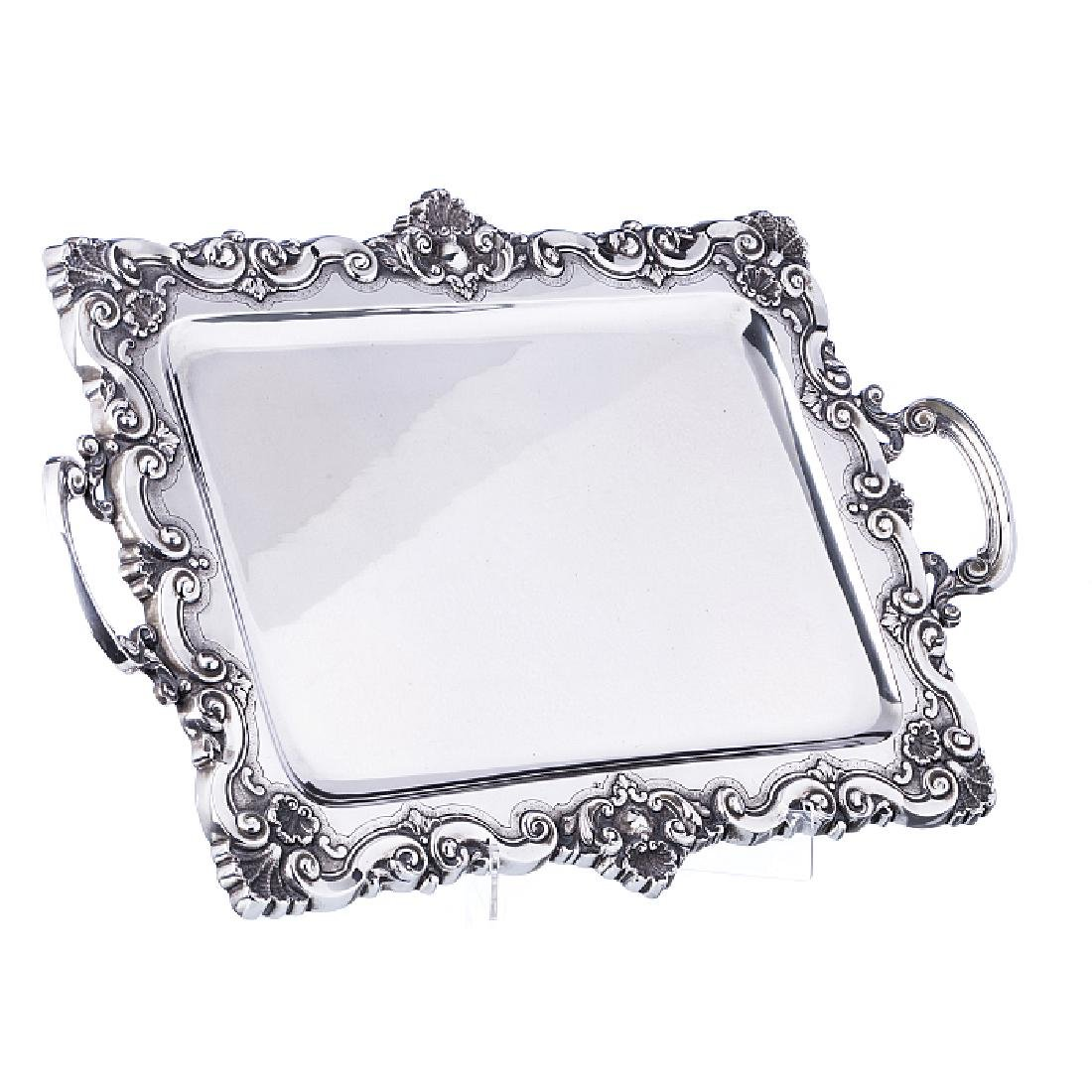 Tray in silver
