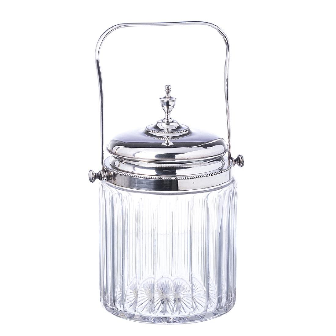 Cake stand in glass and silver