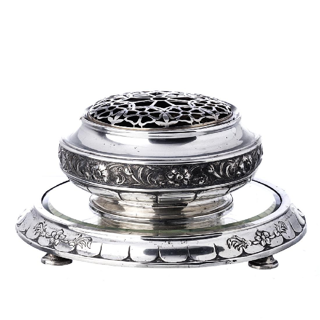 Art Deco centrepiece and stand in silver
