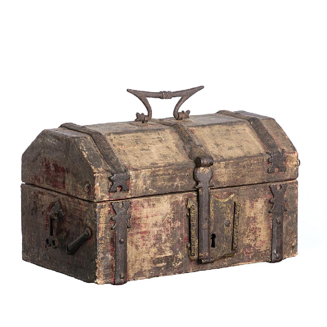 Small Late Gothic chest/safe