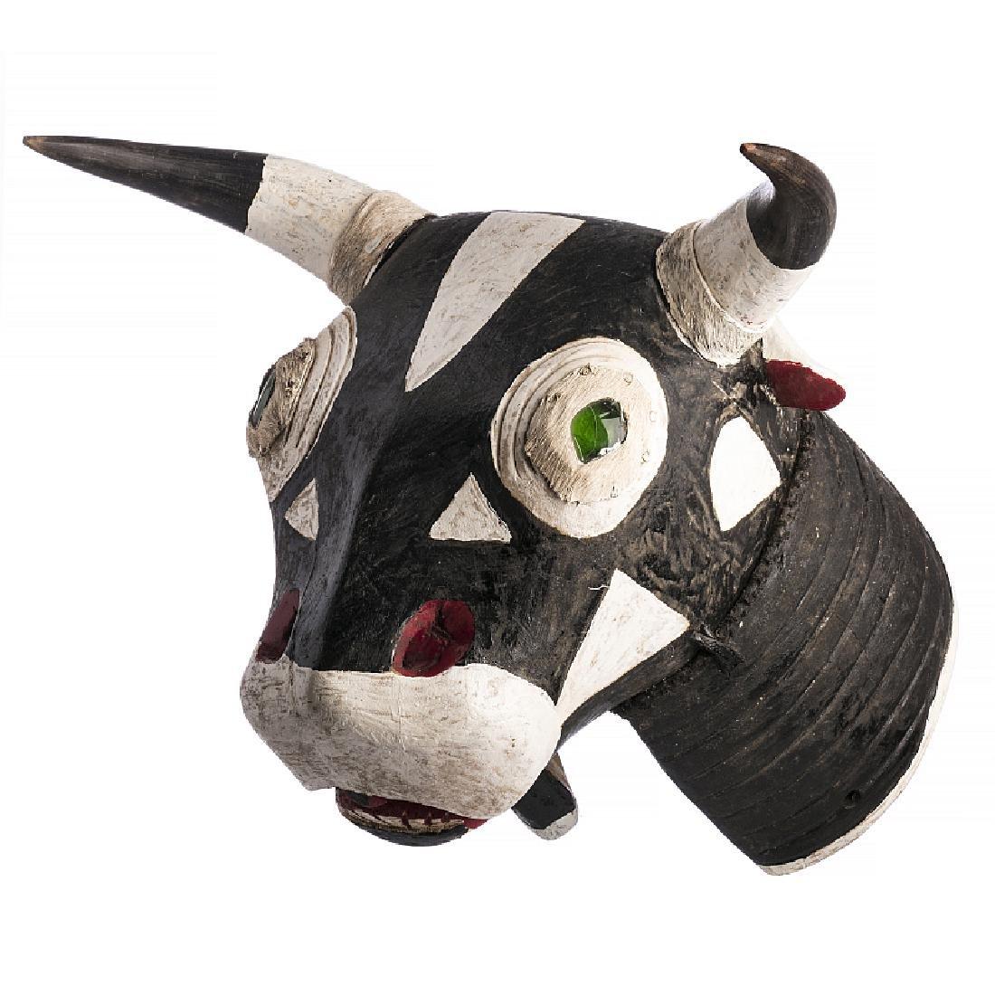 BIDJOGO - Vaca Brutu mask