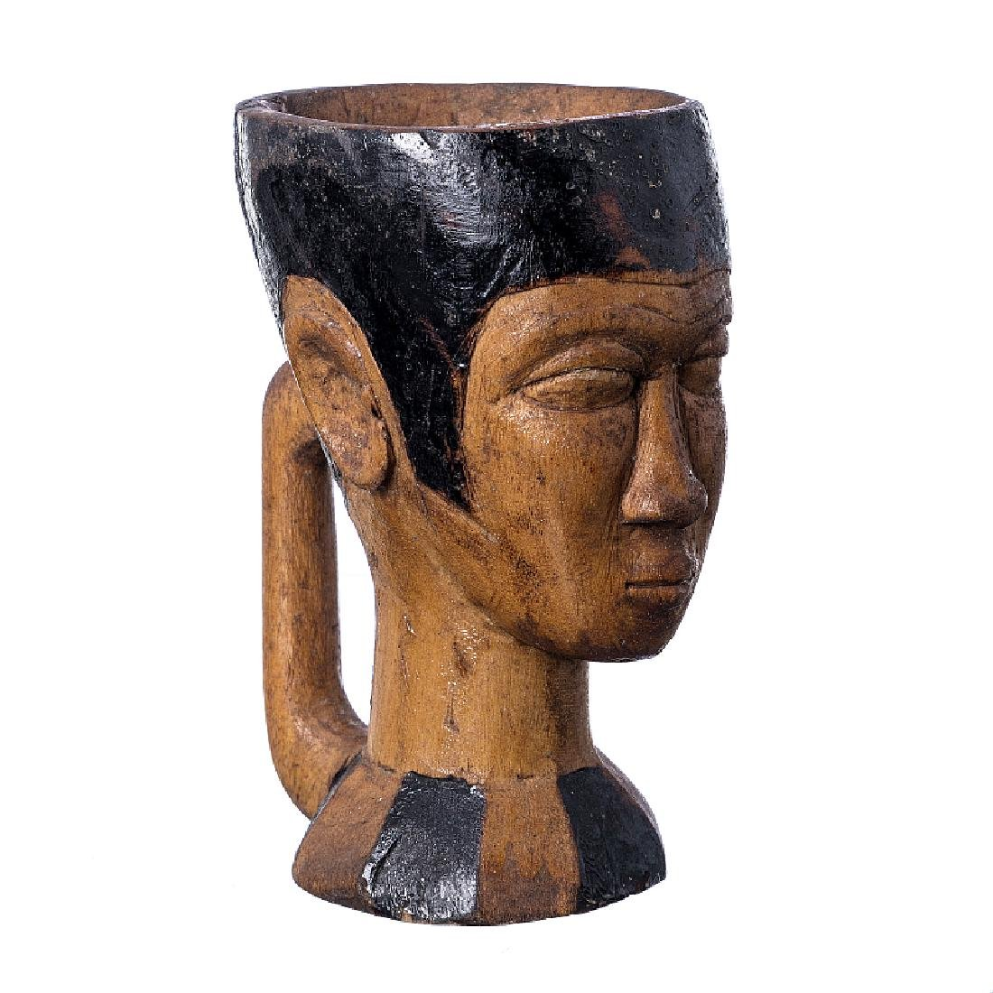 KONGO - Figural cup