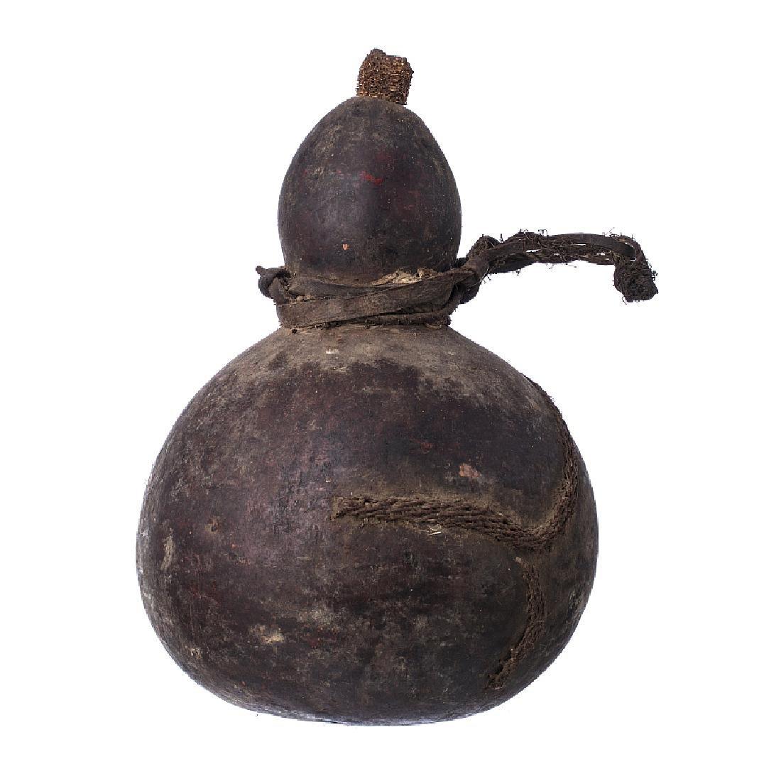 NYANEKA / HUMBI - Gourd