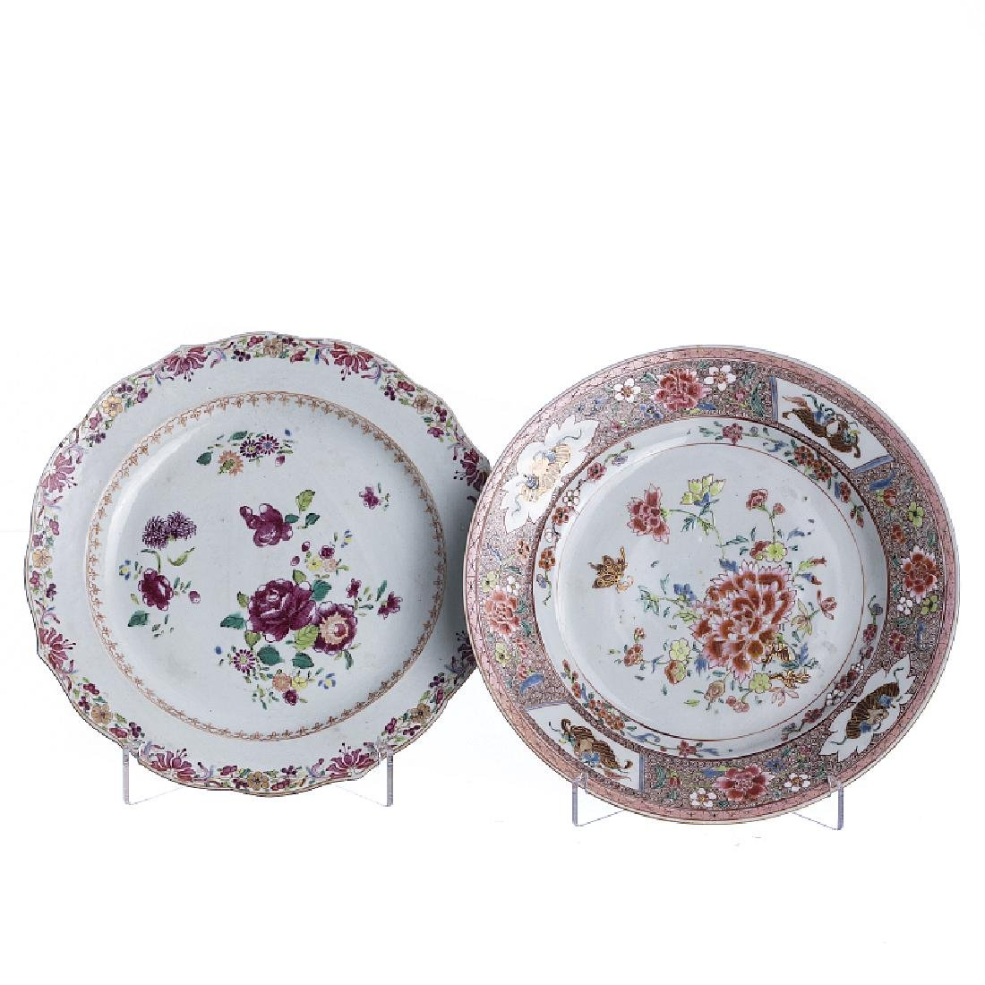 Two 'flowers' plates in chinese porcelain