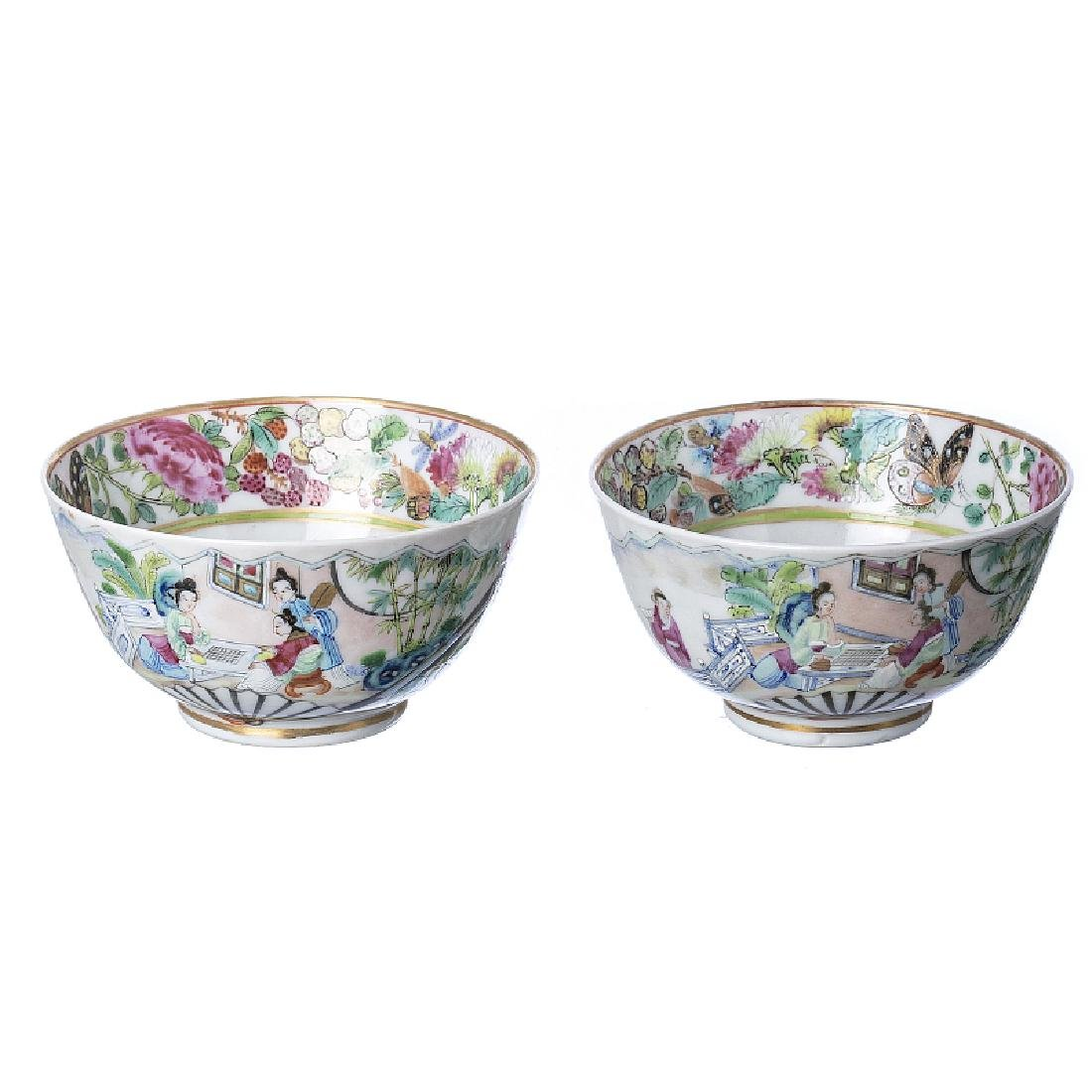 "Pair of ""literatus"" bowls in Chinese porcelain"
