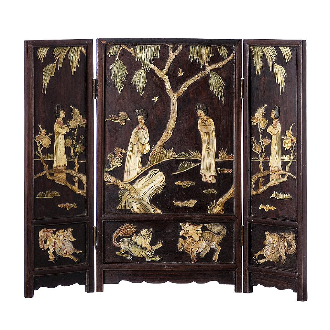 Chinese table folding screen