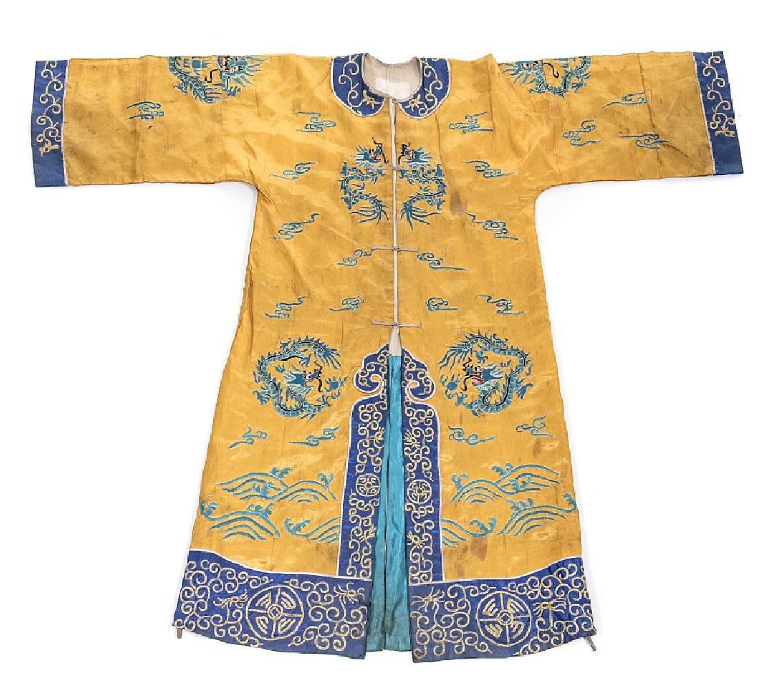 Chinese silk clothing