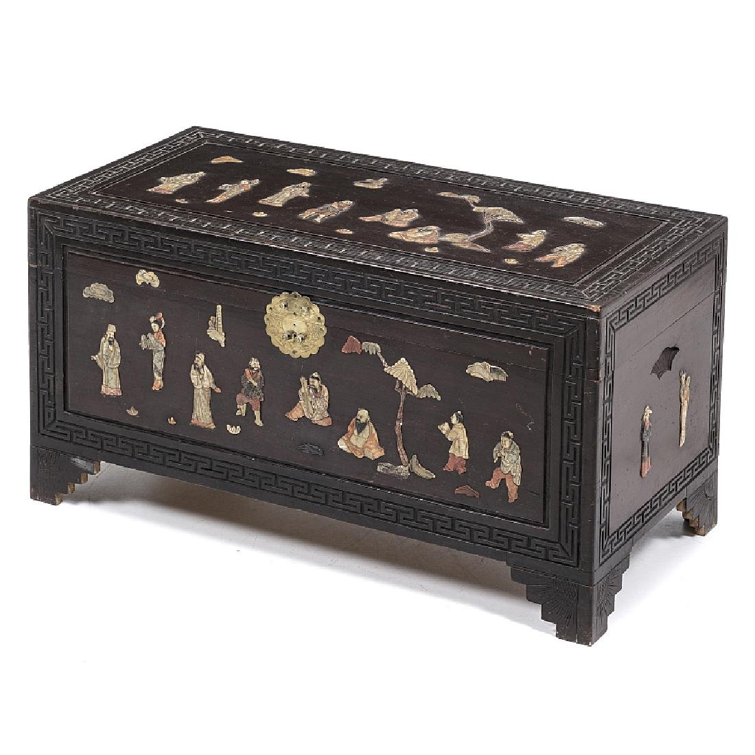 Chinese trunk