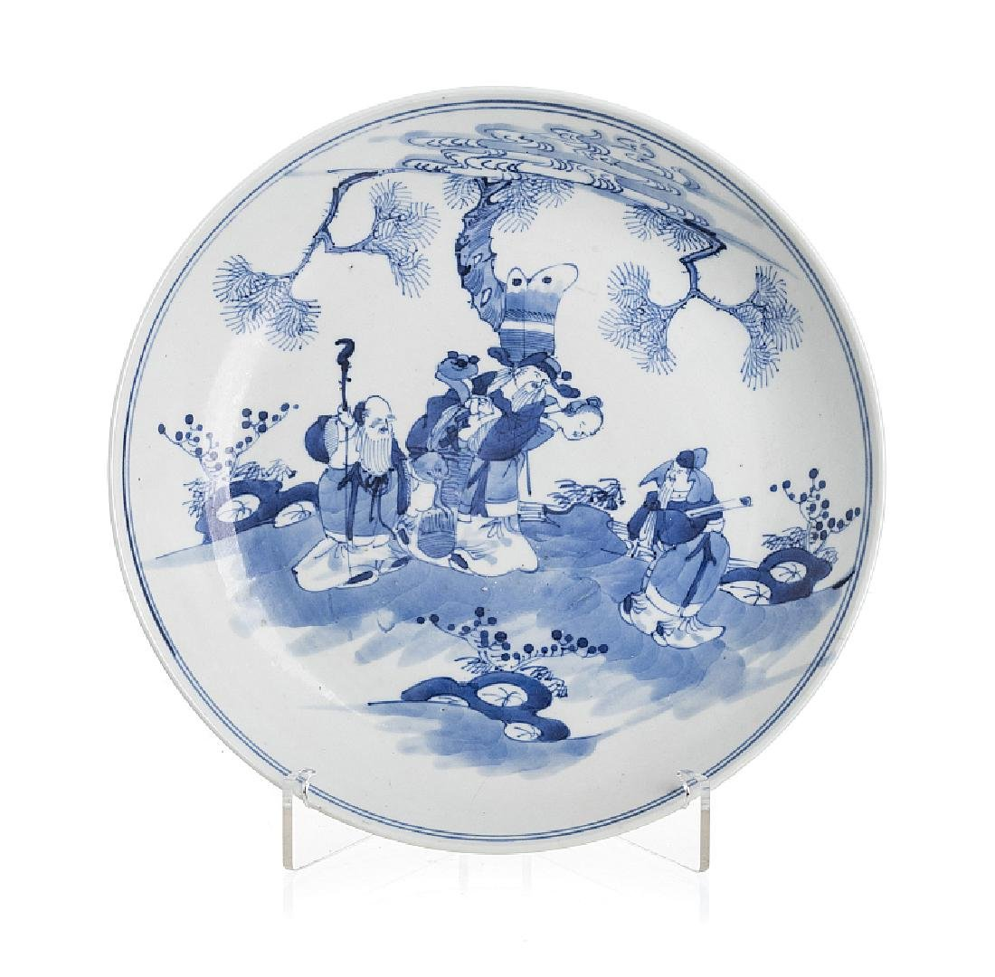 Saucer with immortals in Chinese porcelain