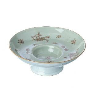 Chinese silver bowl with fowers