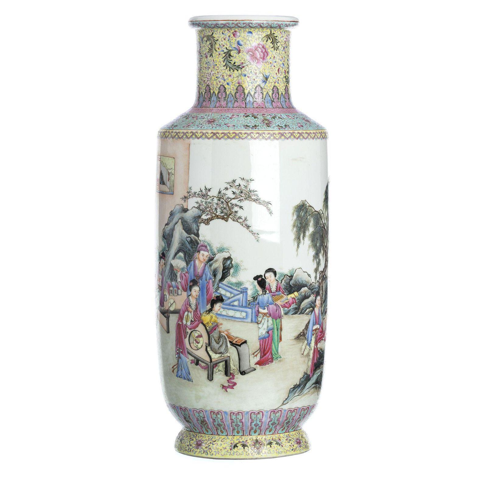 Large Chinese porcelain vase, Republic