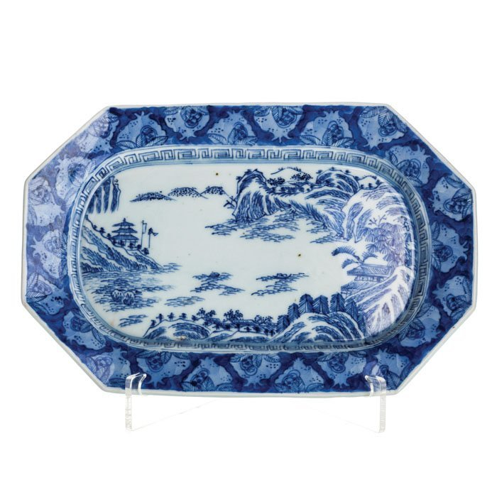 Small platter 'pomegranate' in Chinese porcelain