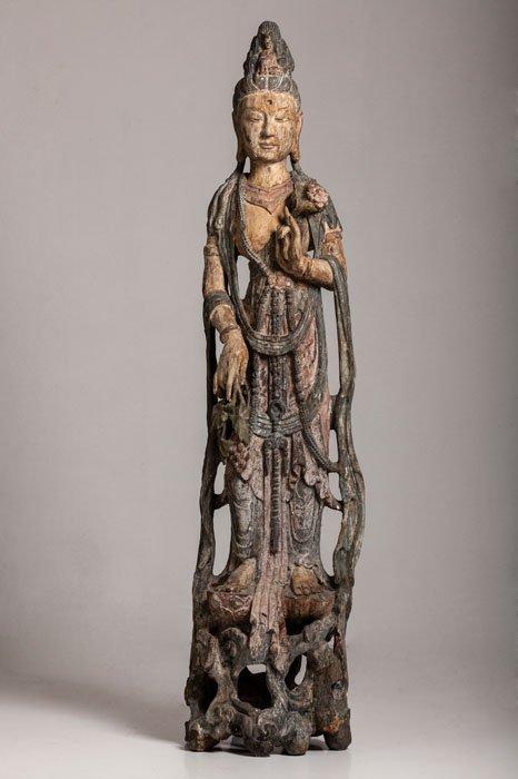 Tall polychromed wood figure of a Bodhisattva, Yuan /