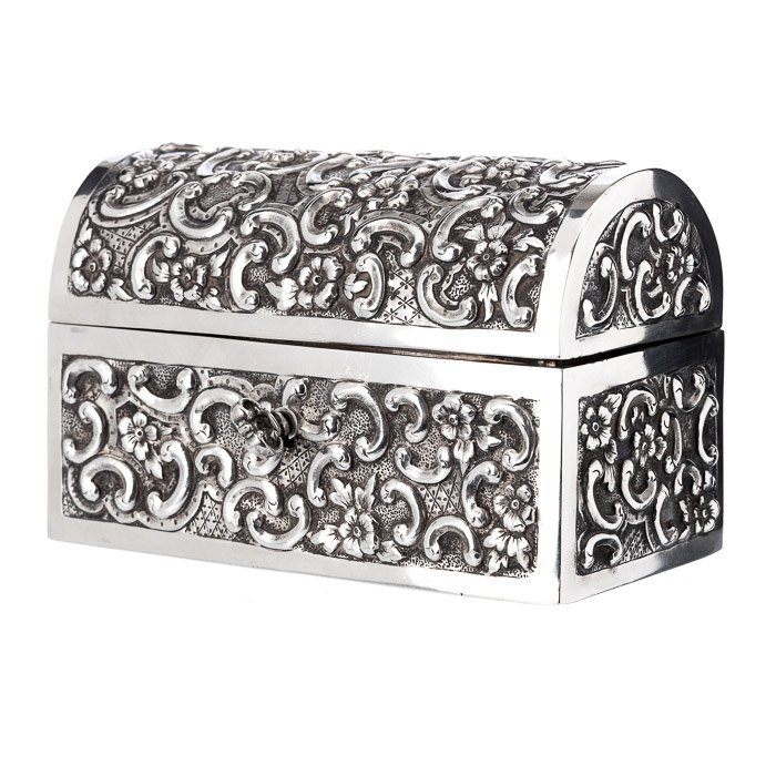 Silver jewel chest