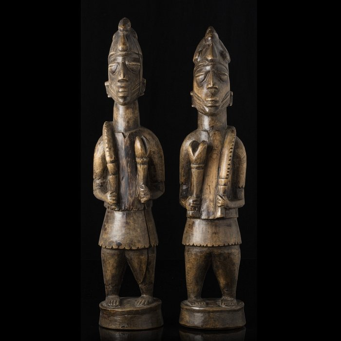 YORUBA - Pair of ancestor figures