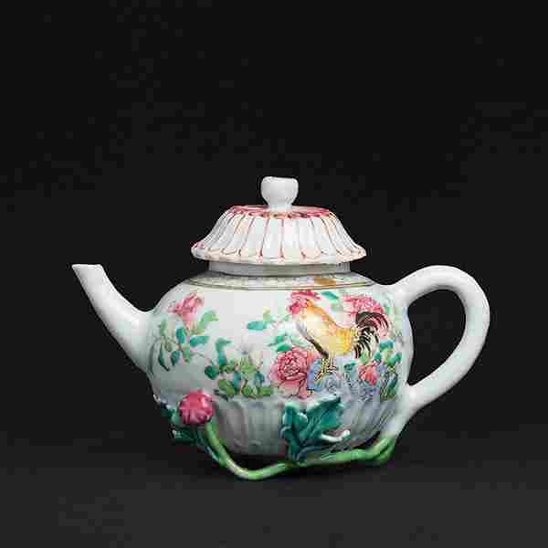 Chinese porcelain 'flowering stem' rooster Teapot,
