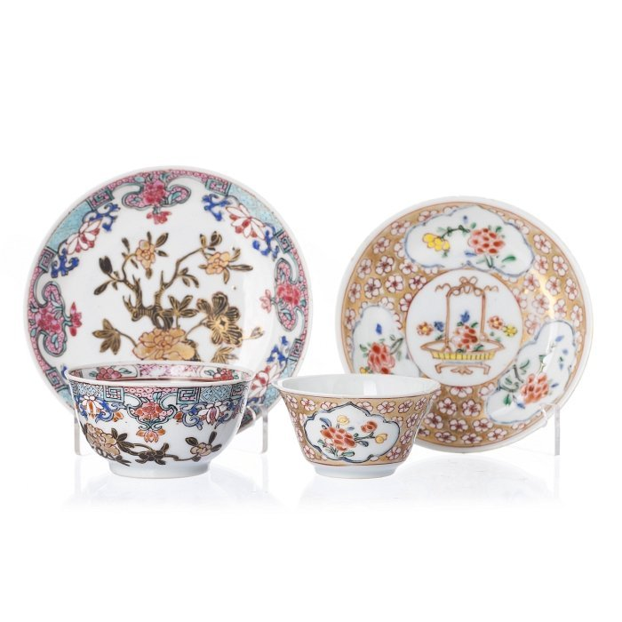Two teacups and saucers in Chinese porcelain, Yongzheng
