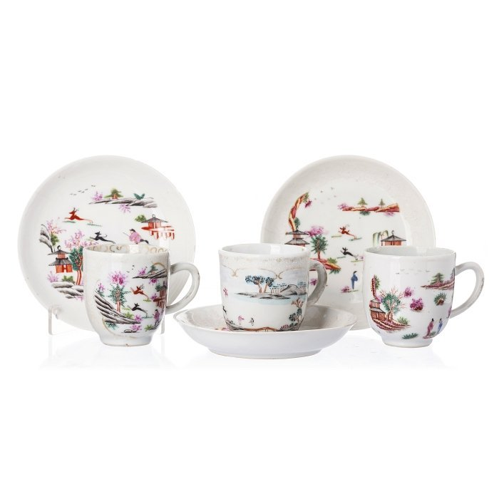 Three cups and saucers in Chinese porcelain, Qianlong