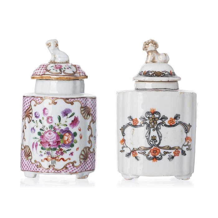 Two lobed tea caddies in Chinese porcelain, Qianlong
