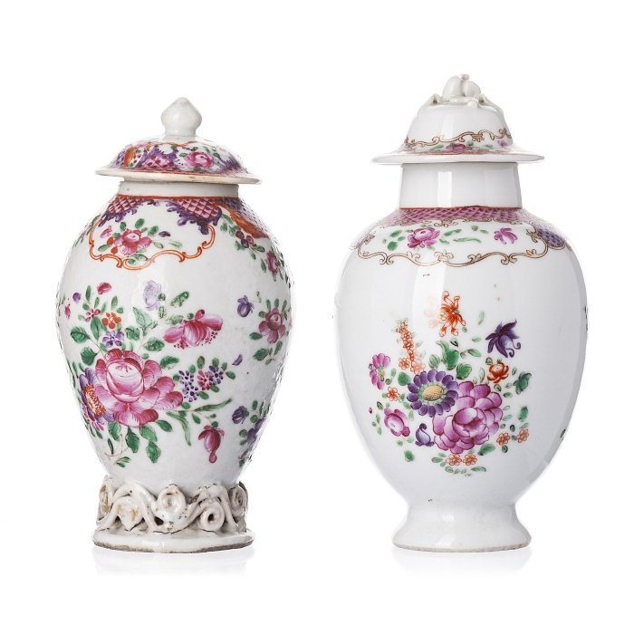 Two tea caddies in Chinese porcelain, Qianlong