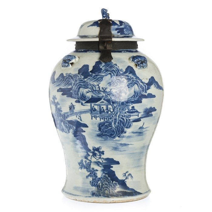 Pot with lid 'landscape' in Chinese porcelain, Tongzhi